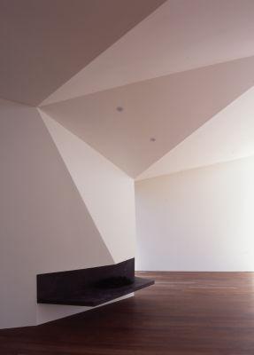 Alison Brooks Architects _ Wrap House _ Photo Interior Fireplace 1a
