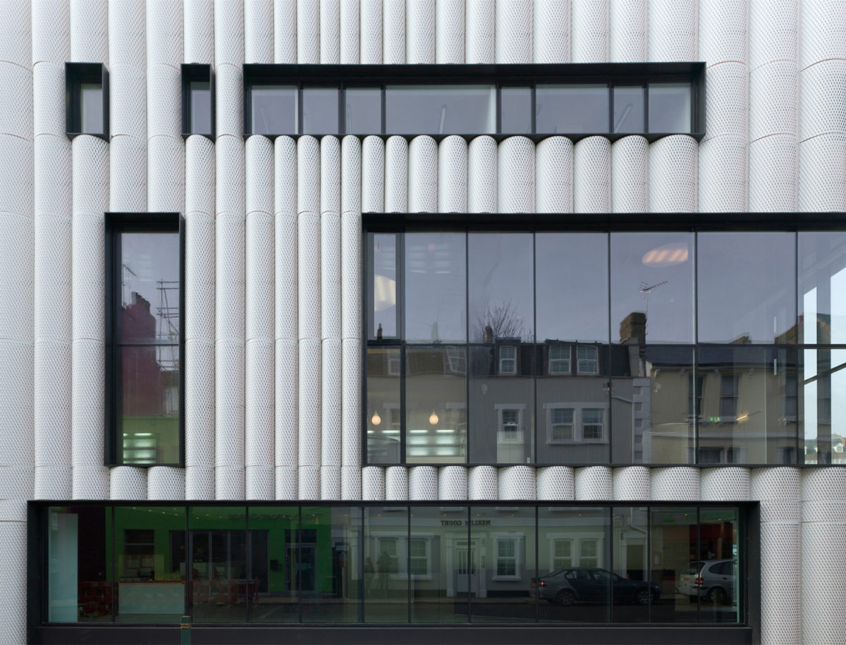 Alison Brooks Architects _ Quarterhouse Performing Arts & Business Centre _ Folkestone _ Photo Facade Day Frontal 2