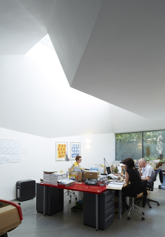 Alison Brooks Architects _ Lens House _ Photo _ Interior Skylight
