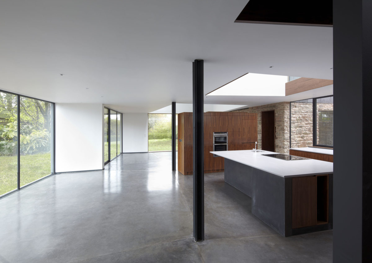 Alison Brooks Architects _ Windward House _ Photo Kitchen Oblique