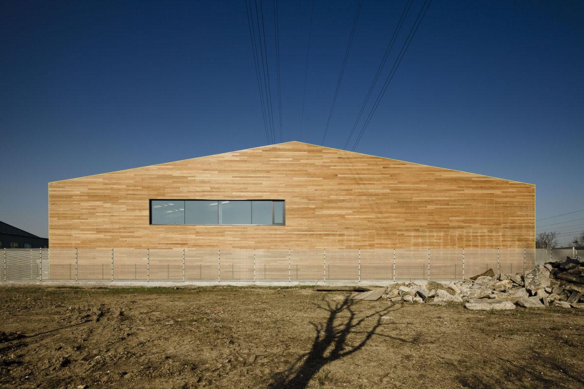 Alison Brooks Architects _ Rainham _ Wildspace Warehouse _ Photo End 2