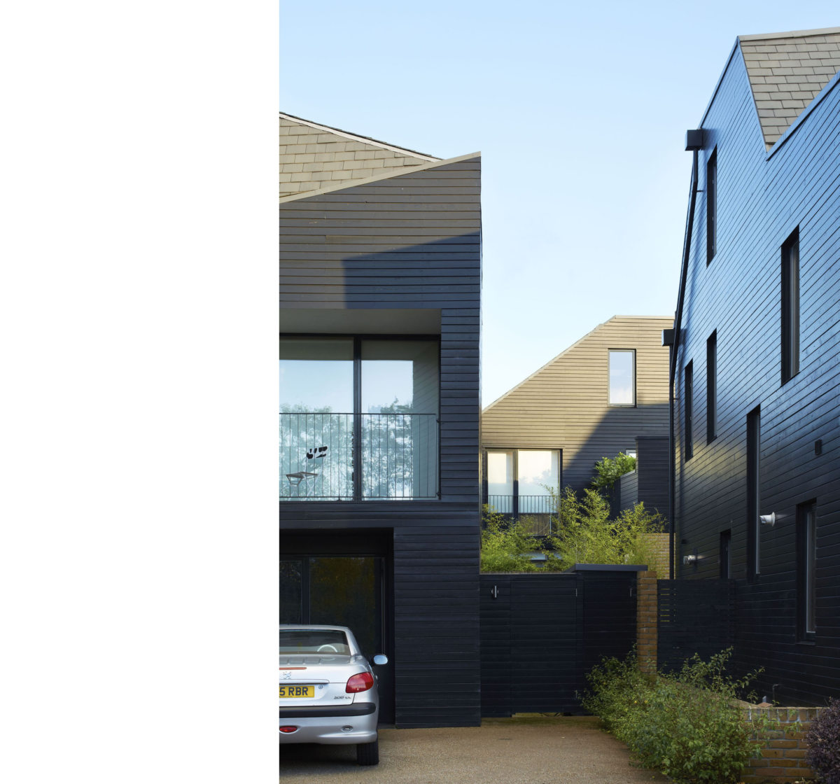 Alison Brooks Architects _ Newhall Be _ Harlow Essex _ Photo Between Villas