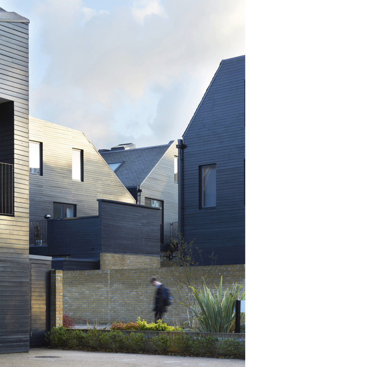 Alison Brooks Architects _ Newhall Be _ Harlow Essex _ Photo Roofs 2